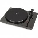 Pro-Ject Debut Carbon DC med 2M Red, pianosvart skivspelare Returexemplar